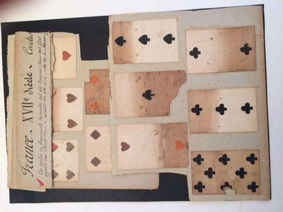 Cartes et fragments de cartes au portrait...