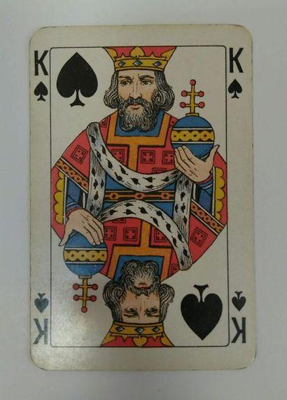 Trois jeux Dondorf : 241. Piquet No 151 : Dondorf, c.1912 ; 52/52 cartes + joker...