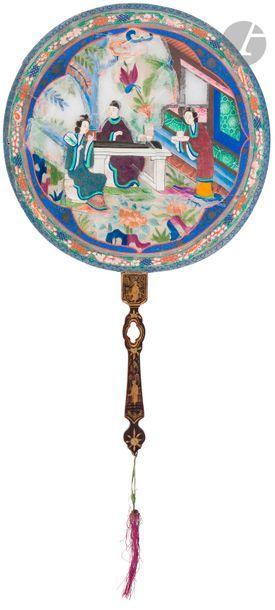 CHINE, Canton - XIXe siècle Éventail rigide,...