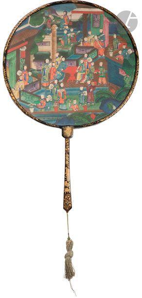 CHINE, Canton - XIXe siècle Éventail rond,...