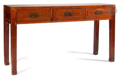 CHINE - XXe siècle Console en bois rectangulaire...