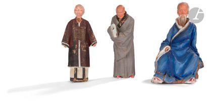 CHINE - XIXe siècle Trois statuettes de personnages...