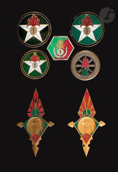 7 insignes 1er REI - 3x Compagnie montée...