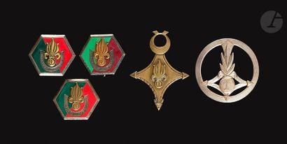 5 insignes - 1ère CSPLE insigne de béret,...