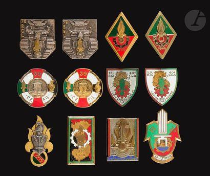 12 insignes - Génie Légion 74/21 (Dom), 2x...