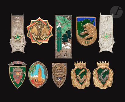 10 insignes GU - 2x 21e DIA, 2x 22e DIA Divisions...