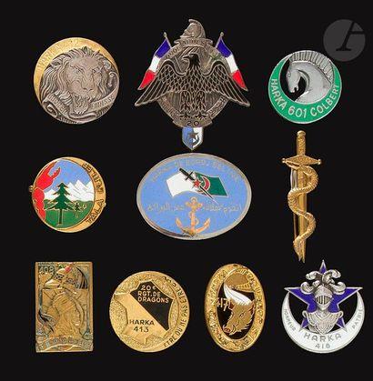 10 insignes de Harkas – Harkas 203/211, 408,...