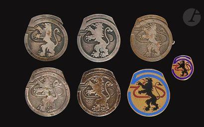 7 insignes du 6e RCA - DP, Augis Alu peint),...