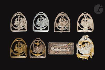 8 insignes du 8e RCA - 2x Fabrication d'Italie...