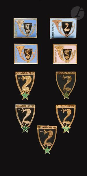 9 insignes du 11e RCA - Abp numéroté, 3x...
