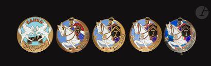 6 insignes du 5e RSA - 2x artisanales (Copies),...