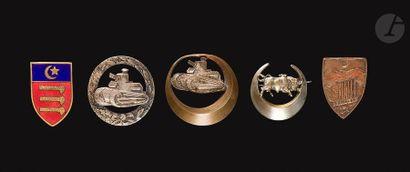 5 insignes de Chars de Combat - GBCC Tunisie,...