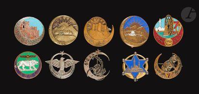 10 insignes des Bataillons du Levant- 1er...