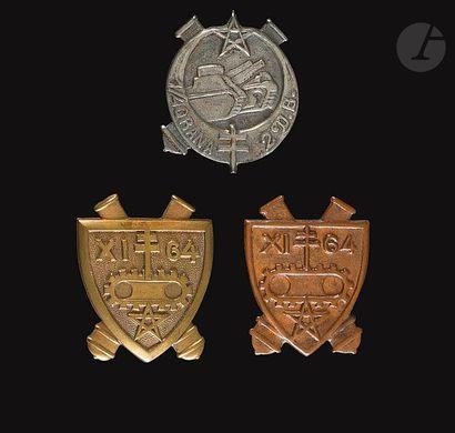3 insignes - 2e DB - 2x XI/64e (Gaunt [ANC]...