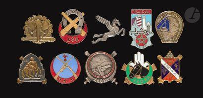 10 insignes Artillerie- 6e RAD (Augis),...