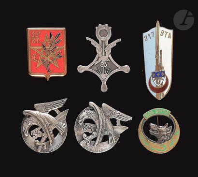 6 insignes - 3x 33e RTA (D Ber et 2x sf),...