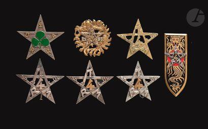 7 insignes – 4x 4e RTM (1 en argent 2 artisanales),...