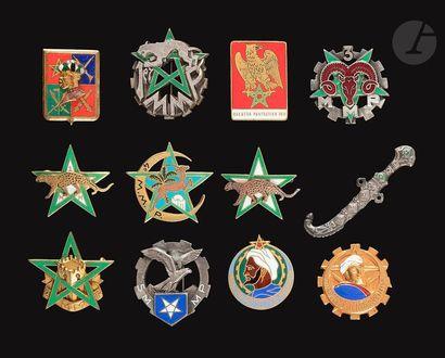 12 insignes de Maghzen - 3x 1er MMP, 2e MMP,...