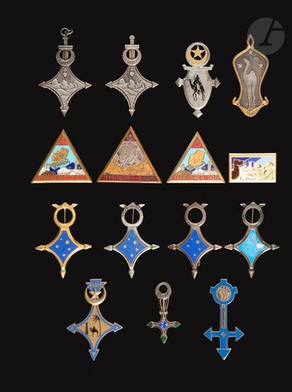 15 insignes sahariens - GSA Terr Oasis, Touggourt,...
