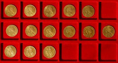 Lot de 14 Louis d'or, dans un sachet numéroté 2017072 - 11 pièces Type Louis XV...