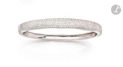 Bracelet ouvrant en or gris 18K (750), à...