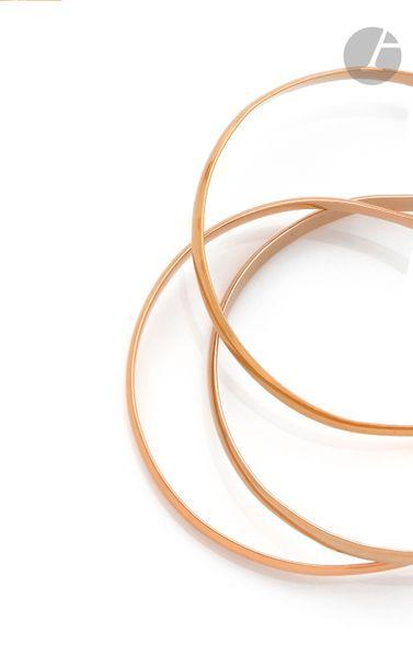 Bracelet composé de 3 anneaux en trois tons...