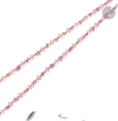 Long collier de perles de cristal de roche...