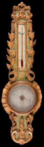 Baromètre-thermomètre en bois peint et doré...