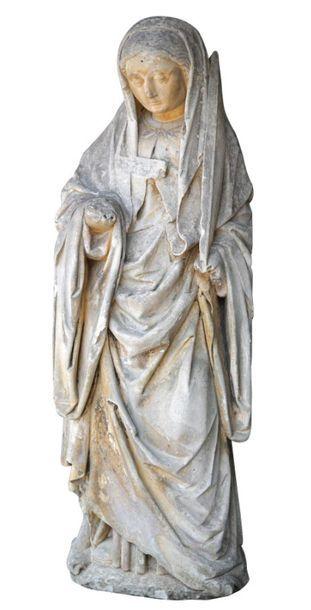 Sainte Femme en PIERRE CALCAIRE SCULPTEE....