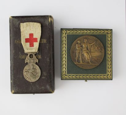 MISCELLANEOUS SET :  SFM medal to the wounded....