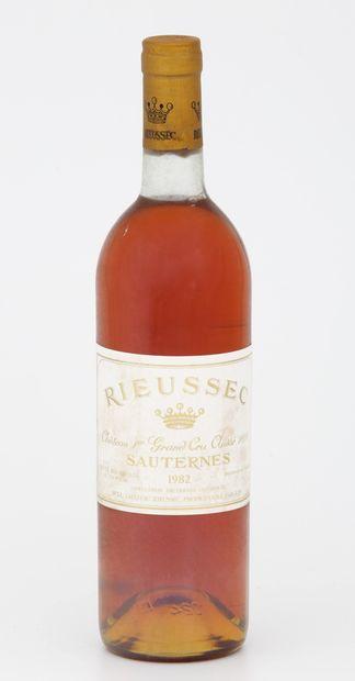 6 Bouteilles CHÂTEAU RIEUSSEC - Sauternes...