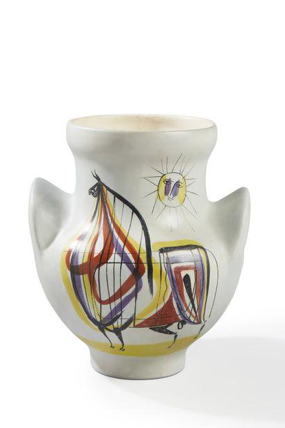 Roger CAPRON (1922-2006)  Important vase à oreilles cheval stylisé  Céramique émaillée...