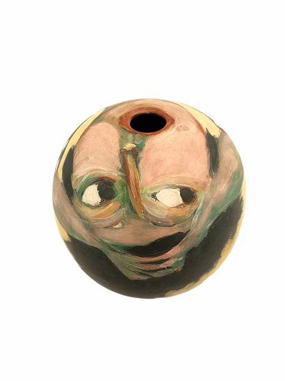 Sophie COMBRES (1960-2006)  Vase boule visage...