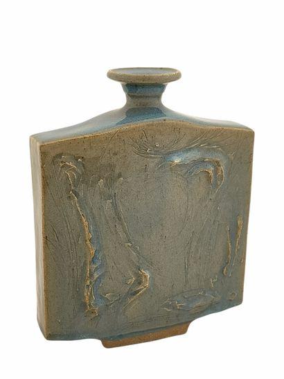 Roger COLLET (1933-2008)  Vase méplat  Grès...