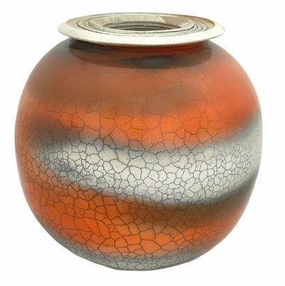Francis CAPAPE (XXème)  Vase boule 2001  Céramique...