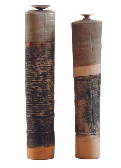 ROUSSEAU (XXème)  Deux vases soliflores 2000...