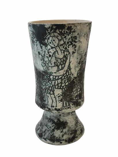 Jacques BLIN (1920-1995)  Vase calice aux...