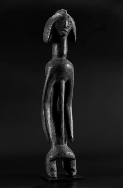Statue  Superbe et ancienne statue