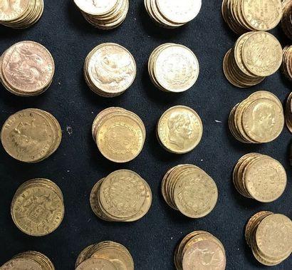 LOT DE 100 pièces en or 20 Francs  Napoléon...