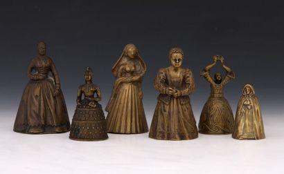 6 CLOCHETTES DE TABLE en bronze Fin XIXème...