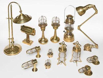 Lampe de table de cargo en laiton et bronze,grille...