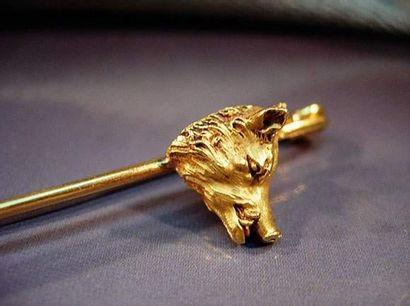 Épingle de cravate en or jaune ornée d'une...