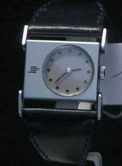 LIP ETRIER vers 1970 Belle montre bracelet...