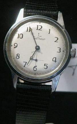 GEL?HEUR Vers 1960 Montre bracelet en métal,...