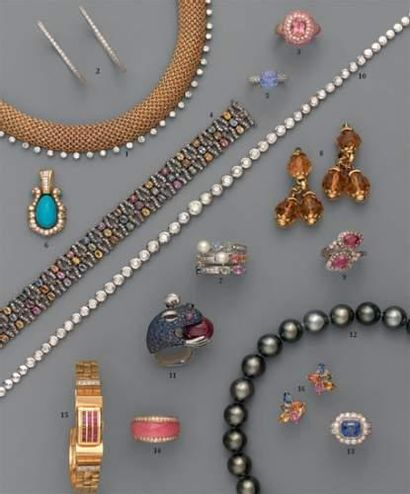 Photo 12 1. Collier draperie, en or et diamants...