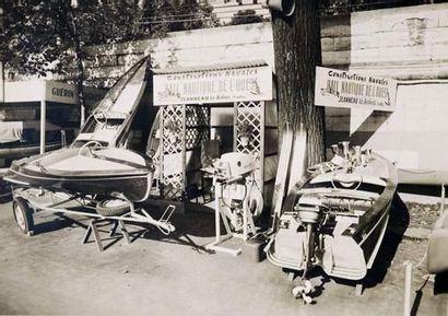 Le premier salon de Paris, noir et blanc....