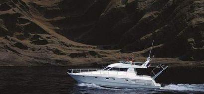 Yarding Yacht 42 Format : 80 x 160 cm Photographe...