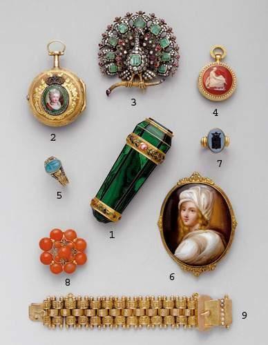 Photo 4 1. Vinaigrette, en or, émail et malachite,...
