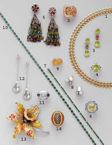 Photo 8 1. Collier ras du cou, en or et diamants...