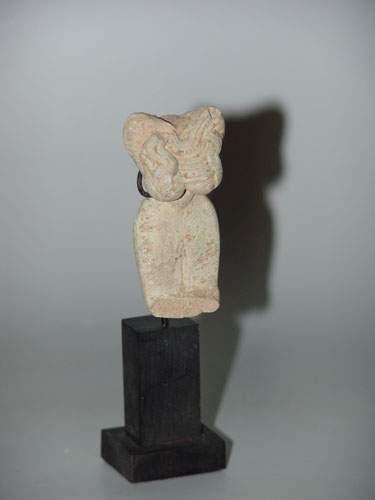 MEHRGARH (3000 - 2600 av. J.C.) Torse d'idole...